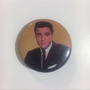 🆓 Elvis Presley Pin FREE w/ ANY BUNDLE OF $15+